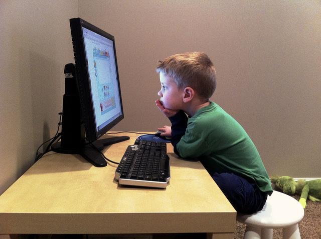 kids eye health and screen-time