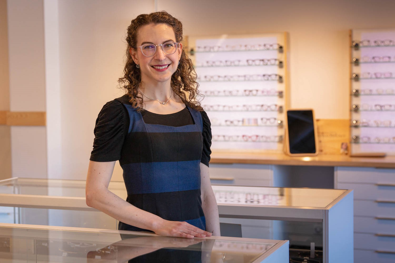 Dr. Nadine Shelton